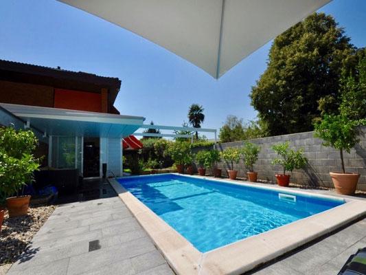 piscina villa magliaso